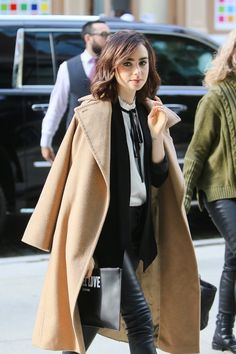 Lily Collins | Street style | Designer love | Style icon