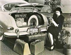 Honeymoon Luggage 1950′s Style on http://itsabrideslife.com