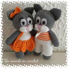 Retrouvez cet article dans ma boutique Etsy https://www.etsy.com/fr/listing/232496171/julia-et-valerio-les-chats-amoureux