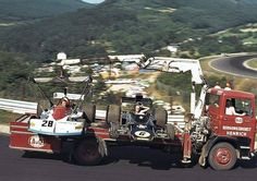 How to transport F1 cars, 70's style.