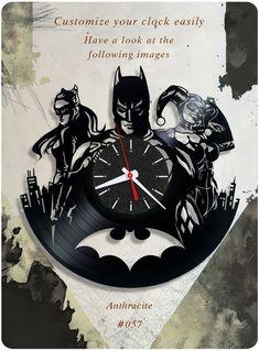 Batman And Catwoman_Exclusive wall clock made of vinyl record_GIFT_DECOR Dc Comics, Gotham, Records Diy, Geek House, Vynil, Vinyl Record Clock, Clock For Kids, Batman And Catwoman, How To Make Wall Clock