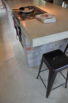 Cemcrete cement-based floor and kitchen countertop