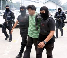 La policía de Malasia frustró un intento por parte de presuntos miembros de DAESH para lanzar ataques en Día de la Independencia. Visite nuestra página y sea parte de nuestra conversación: http://www.namnewsnetwork.org/v3/spanish/index.php #nnn #bernama #malasia #malaysia #kl #merdeka #malaysiaboleh #independencia #policia #police #news #noticias #actualidad #asia