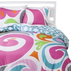 Macbeth Jezebel Reversible Comforter Set Quick Information