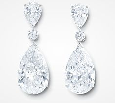 The GRAFF Twin Stars - An exceptionally rare diamond pairing, featuring two 22 carat D Internally Flawless pear shape diamonds (6 diamonds, 53.41cts)