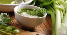 Profitez de l'hiver pour ajouter de nouvelles soupes, potages et crèmes à votre menu Sauce Salsa, Celery, Food Porn, Ajouter, Meals, Healthy, Ethnic Recipes, Bellini, Simple Things