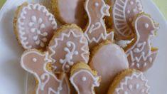 "Extra banánové dorty: Tentokrát ochutnáme legendárního ""kubánce"" – Hobbymanie.tv Gingerbread Cookies, Sugar, Desserts, Tv, Food, Gingerbread Cupcakes, Tailgate Desserts, Deserts, Television Set"