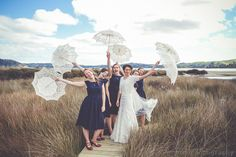 Bride and bridesmaids Wedding portraits in Pautahanui, Whitby, Porirua  Wellngton, New Zealand Image by wedding photographer Von photography www.wellingtonphotography.net