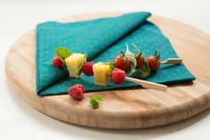 We provide sustainable cocktail accessories so that you can celebrate ecologically