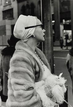 Woman on 5th Avenue, New York, November 1961. Photo: Larry Fink.