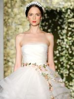 The Prettiest Vintage-Inspired Wedding Dresses #refinery29  http://www.refinery29.com/bridal-guide/9