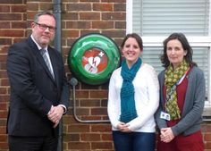 PORTWAY Infant and Junior Schools have installed a potentially life-saving defibrillator on their school site.  The device has been bought and installed by the Portway Schools' Association (the name of the joint PTA for the two schools).  The defibrillator is available for anyone to use when the school is open and when there are any other groups using the school premises.
