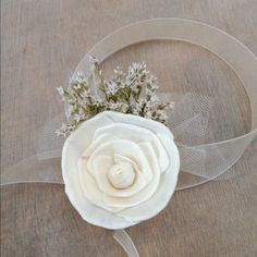 simple DIY corsage –thinking about making them. Will need 7.