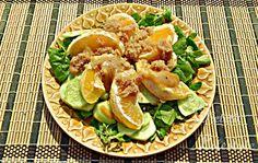 Wegańska sałatka z amarantusem przygotowana na słodko. Jest lekka i soczysta.