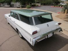 1960 Oldsmobile 88 Fiesta Station Wagon.