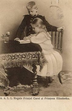 Prinz Carol und Prinzessin Elisabeth von Rumänien, future King of ROmania and Queen of Greece Princess Beatrice, Prince And Princess, History Of Romania, Romanian Royal Family, Victorian Life, Blue Bloods, Queen Mary, Royal Weddings, Kaiser
