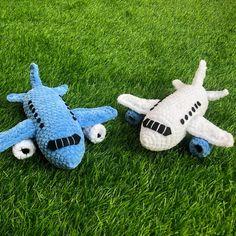 CROCHET PATTERN PLANE - Amigurumi pattern airplane toy - Crocheted aircraft toy for kids - Airplane Stuff tutorial