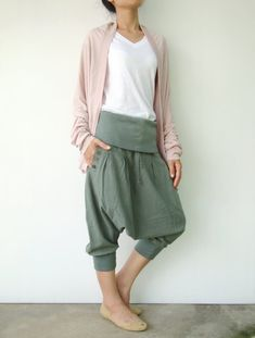 NO.43   Light Olive Cotton Cocoon Pants  Urban Casual  Cropped Pants Trousers
