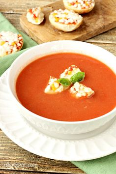 Classic Tomato Soup with Bagel Bites Croutons Silky tomato soup is paired with flavorful three cheese Bagel Bites for a comforting lunch or after school snack. #BH #ad