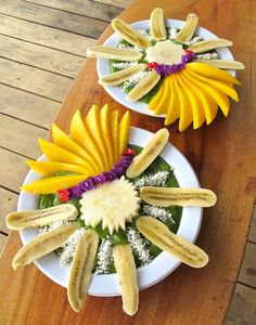 """Masterpiece green spoothie with mabolo, mango, banana and coconut from """"Food to Live For!"""" by Eric Rivkin, available for purchase at www.vivalaraw.org #lowfatrawvegan #recipes #vegan #rawfood"""