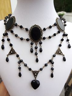 Gothic design Jewerly, Gothic, Helmet, Beaded Necklace, Design, Fashion, Goth, Moda, Jewelry