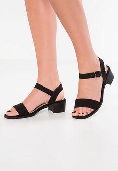 Schoenen New Look Wide Fit KAMBO 2 - Sandalen - black Zwart: € 19,95 Bij Zalando (op 23-6-17). Gratis bezorging & retour, snelle levering en veilig betalen!
