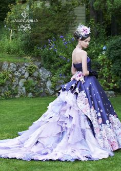 dball ~ dress ballgown ~ Beautiful Unique Ball Gowns, couture, wedding, bridal, bride, dress, fantasy, flowers, flower, floral, flora, fairytale, fashion, designer, beautiful, stunning, prom dress, ball gown, Cinderella, Princess, satin, lace, velvet, bodice, vintage, Marie Antoinette, fashion, dress, dresses, elegant, sweetheart, corset,