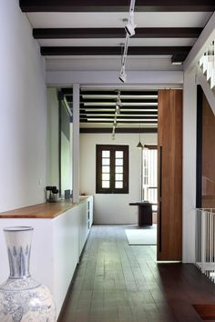 House at Neil Road by ONG
