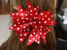 Quick and Easy Hair Bow! hair bow Quick and Easy Hair Bow! and Easy Hair Bow! Easy Hair Bows, Making Hair Bows, Girl Hair Bows, Girls Bows, Bows For Hair, Homemade Hair Bows, How To Make Hair, How To Make Bows, Hair Bow Tutorial
