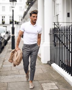 Magnificient summer outfits men dress in 2019 moda, erkek moda, erk Mens Fashion Summer Outfits, Classy Summer Outfits, Mens Fashion Suits, Casual Summer, Men Summer Style, Summer Men, Summer Days, Trendy Outfits, Cool Summer Outfits Men
