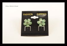 Green Flowers  Only 1 pair-$2.75  www.facebook.com/mikabellascloset