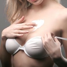 Want bigger breasts? We provide information on natural breast enhancement and surgical breast augmentation. Learn about breast enlargement here! Homemade Beauty, Diy Beauty, Beauty Hacks, Fashion Beauty, Beauty Stuff, Homemade Scrub, Tips Belleza, Belleza Natural, Health And Beauty Tips