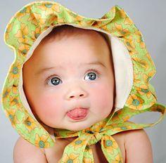 I LOVE babies in Bonnets