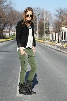 boots: zara,                                                                                              jeans: zara,                                                                                              t-shirt: new yorker,                                                                                              blazer: new yorker,                                                                                              necklace: zara,