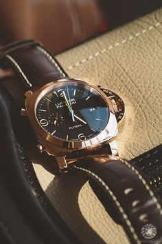 watchanish:  Behind the scenes with Panerai in Dubai.More of our footage at WatchAnish.com.      (via TumbleOn)
