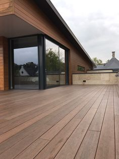 Exterpark Tech Cube installation on balcony in Colombia #composite #decking #luxurymaterial #design