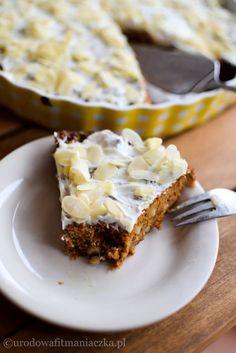 Dietetyczne i pyszne ciasto marchewkowe :) Vegan Sweets, Healthy Sweets, Healthy Baking, Vegan Food, Sweet Recipes, Cake Recipes, Snack Recipes, Dessert Recipes, Simple Recipes