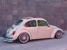 Yes, this is the style I would like my Beetle to have, if I had one. Auto Volkswagen, Vw T1, Jetta A4, Combi T2, Vw Variant, Vw Cabrio, Vw Super Beetle, Kdf Wagen, Hot Vw