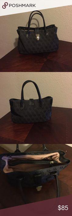 Purse New wear twice Dooney & Bourke Bags Clutches & Wristlets