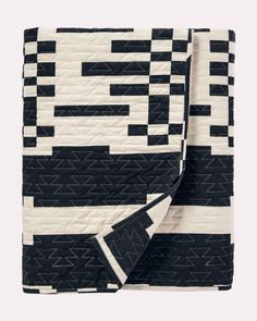 Curl up with Pendleton quilts that will make your bedroom beautiful. Shop Southwestern quilts, patchwork quilts and more. Textiles, Baby Quilts To Make, Southwestern Quilts, Fabric Dyeing Techniques, Black And White Quilts, King Size Quilt, Quilted Bedspreads, Quilt Sets, Cotton Quilts