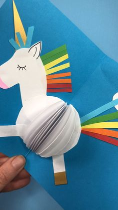 Unicorn Card DIY Card Making DIY ideas Calling all Unicorn Fans! These Unicorn Cards are so so Paper Crafts For Kids, Easy Crafts For Kids, Creative Crafts, Diy For Kids, Fun Crafts, Creative Ideas, Unicorn Birthday Parties, Unicorn Party, Unicorn Crafts