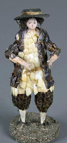Shell Doll doll 1850. Material shell,wood, paper, cloth.  Germany or France.
