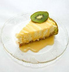 Vanilla Bean Mascarpone Cheesecake with Passion Fruit Caramel | spachethespatula.com #recipe