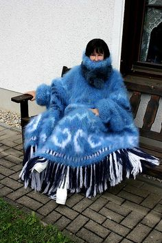 mystic blue Icelandic Poncho08 | pascounet1 | Flickr