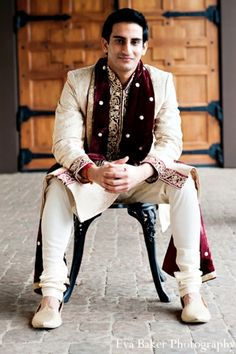 indian-wedding-groom-portrait-venue http://maharaniweddings.com/gallery/photo/2982