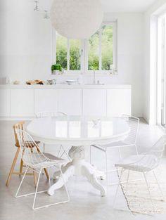 Das Helle Fertighaus Der Fotografin Dana Van Leeuwen / Interior *  Minimalismus By LEUCHTEND GRAU Küche