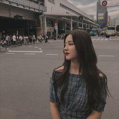 180922 [ Loving the weather Nancy Momoland 💌💌 Nancy Momoland, Nancy Jewel Mcdonie, Yugyeom, Got7, Beautiful Girl Image, Most Beautiful, Beautiful Females, Korean Girl, Asian Girl