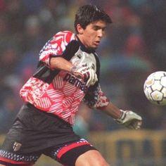 "902 curtidas, 4 comentários - MUNDIAL (@mundialmag) no Instagram: ""🇮🇹 - On this day in 1995 Gigi made his Serie A debut for Parma."""