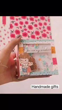 Diy Crafts Hacks, Diy Crafts For Gifts, Mini Albums, Mini Album Tutorial, Paper Crafts Origami, Diy Birthday, Diy Scrapbook, Scrapbooking, Door Decs