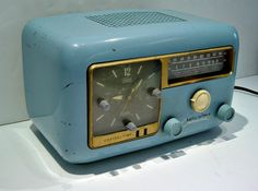 Vintage 1952 Hallicrafters Continental 5R50 Tube Clock Radio AM SW Working